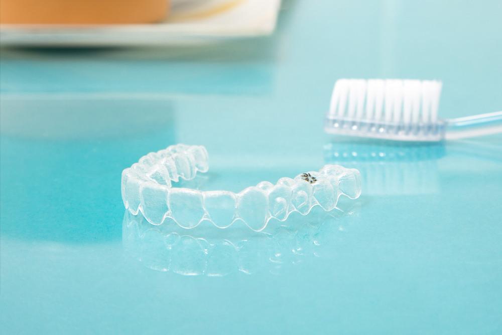 Fachzahnärztin für Kieferorthopädie - Freising Smile - Leistungen - Digitale Praxis - Zahnschienen-aus-dem-3-D-Drucker