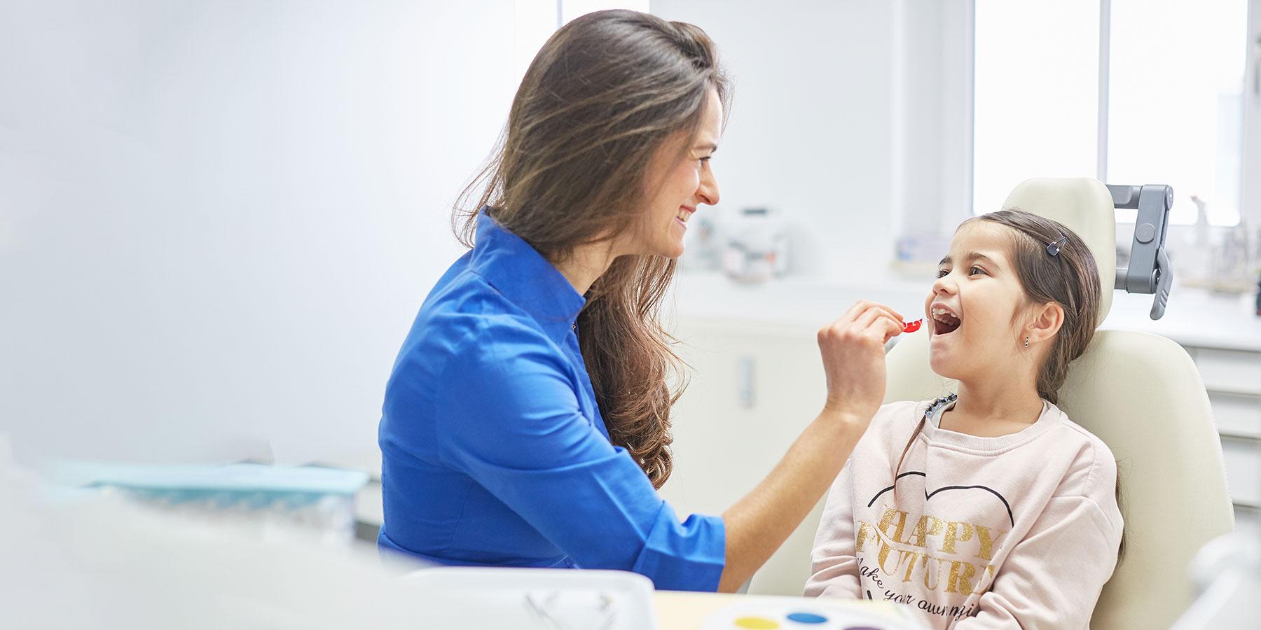 Fachzahnärztin für Kieferorthopädie - Freising Smile - Leistungen
